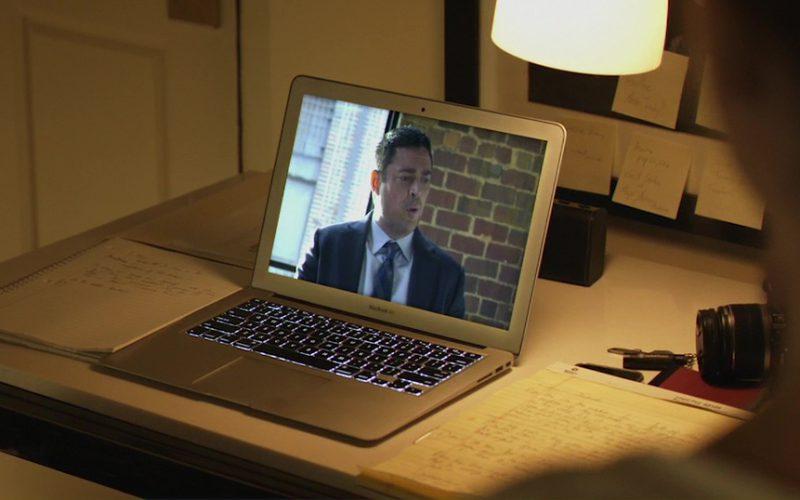 Apple Macbook Air Laptop Used by Brittany Snow in Hangman (2)