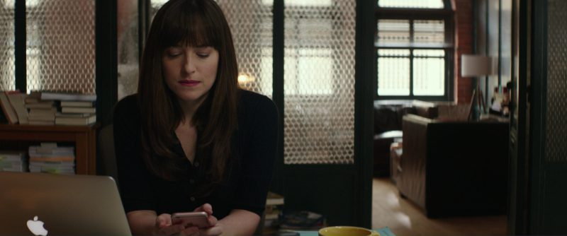 Apple Macbook Laptop and iPhone 6/6S Smartphone Used by Dakota Johnson in Fifty Shades Darker (2017) - Movie Product Placement