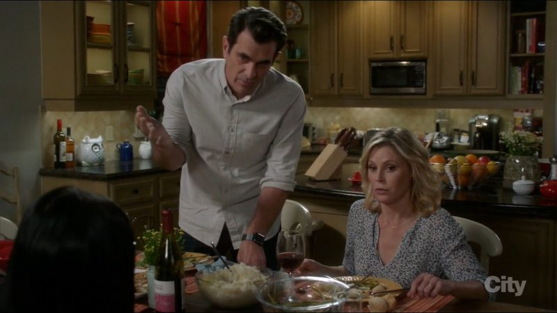 Apple Watch Used by Ty Burrell in Modern Family: Sex, Lies & Kickball (2017) - TV Show Product Placement
