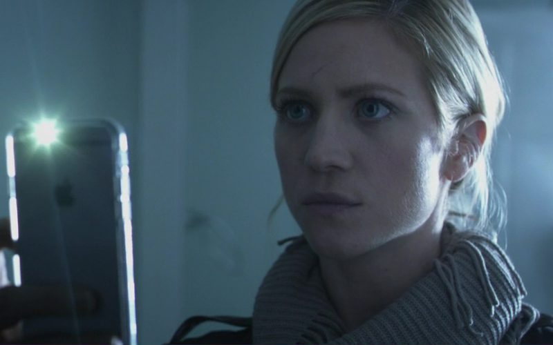 Apple iPhone 6-6S Used by Brittany Snow in Hangman (1)
