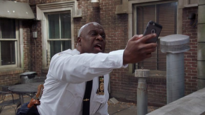 Apple iPhone Used by Andre Braugher in Brooklyn Nine-Nine: Bad Beat (2017) - TV Show Product Placement