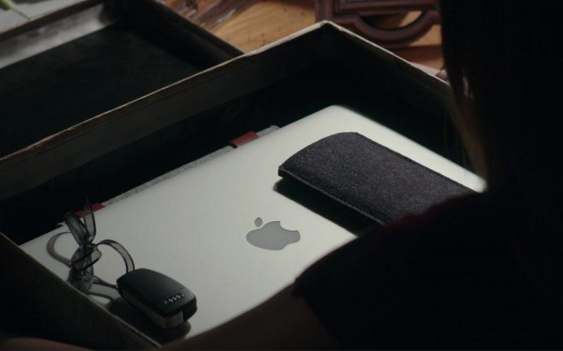 Audi A3 Car Keys And Apple MacBook Laptop Used by Dakota Johnson (Anastasia Steele) in Fifty Shades Darker (1)