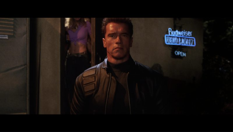 Budweiser Bud Light Blue Neon Sign in Terminator 3: Rise of the Machines (2003) - Movie Product Placement