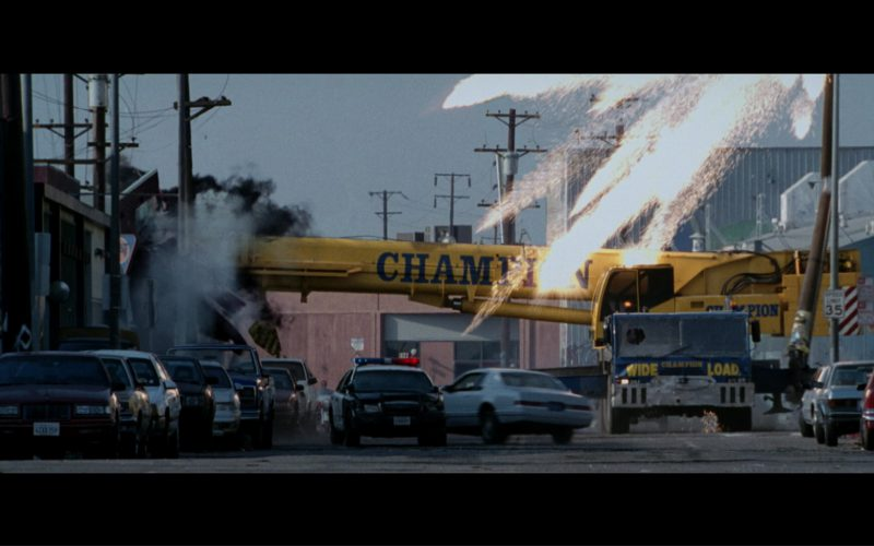 Champion Crane Driven by Kristanna Loken (T-X) in Terminator 3 Rise of the Machines (5)
