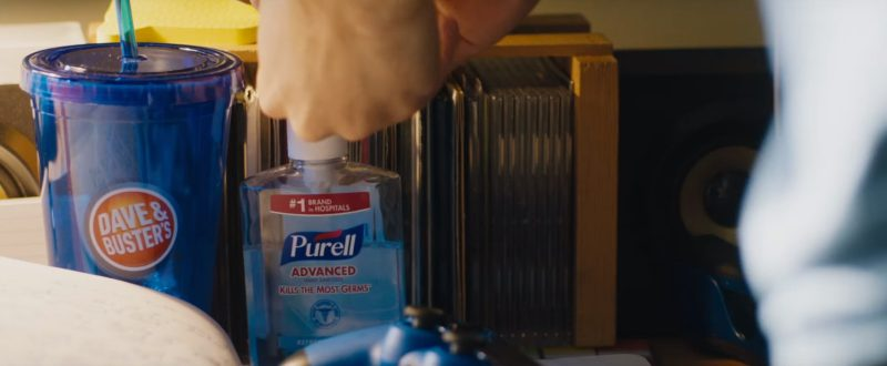 Dave & Buster's Drink and Purell Hand Sanitizer in Jumanji: Welcome to the Jungle (2017) - Movie Product Placement