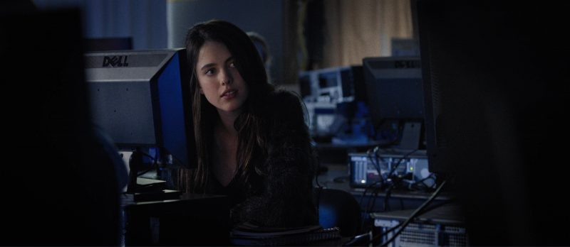 Dell Monitor used by Margaret Qualley in Death Note (2017) - Movie Product Placement