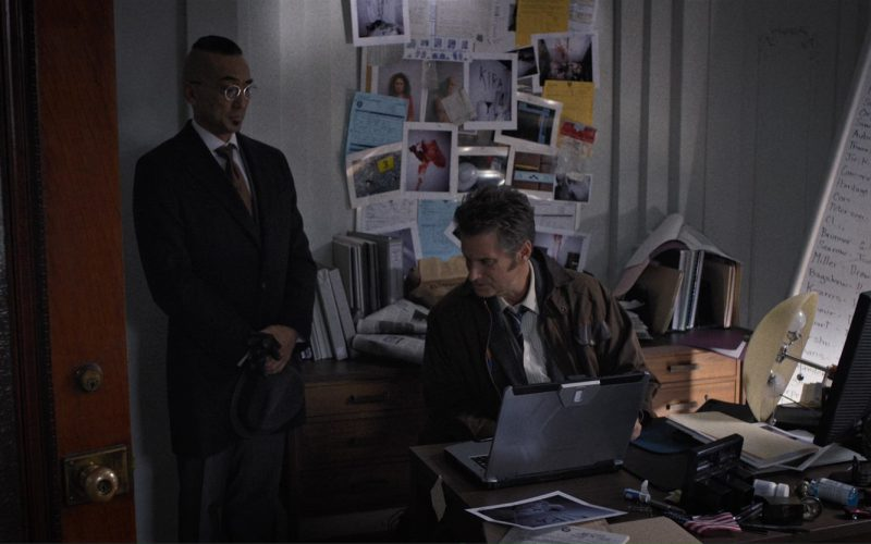 Dell Monitor used by Shea Whigham in Death Note (1)