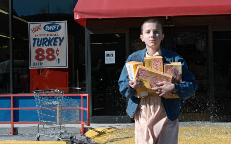 Eggo Waffles and Millie Bobby Brown (Eleven) in Stranger Things (7)
