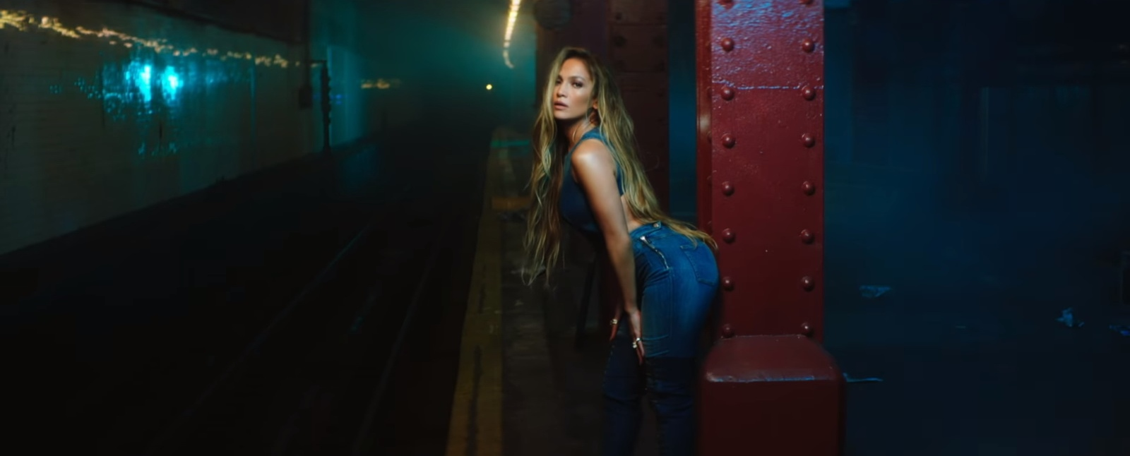 28aa3466eb6f Guess Denim Jumpsuit Worn by Jennifer Lopez in Amor