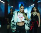 Guess T-Shirt Worn by Jennifer Lopez in Amor, Amor, Amor (11)