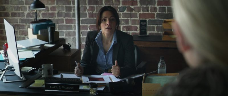 HP Monitor Used by Sarah Shahi in Hangman (2017) - Movie Product Placement