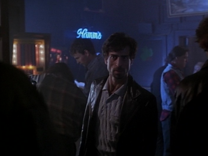 Hamm's Brewery Neon Sign in Gotti (1996) Movie Product Placement