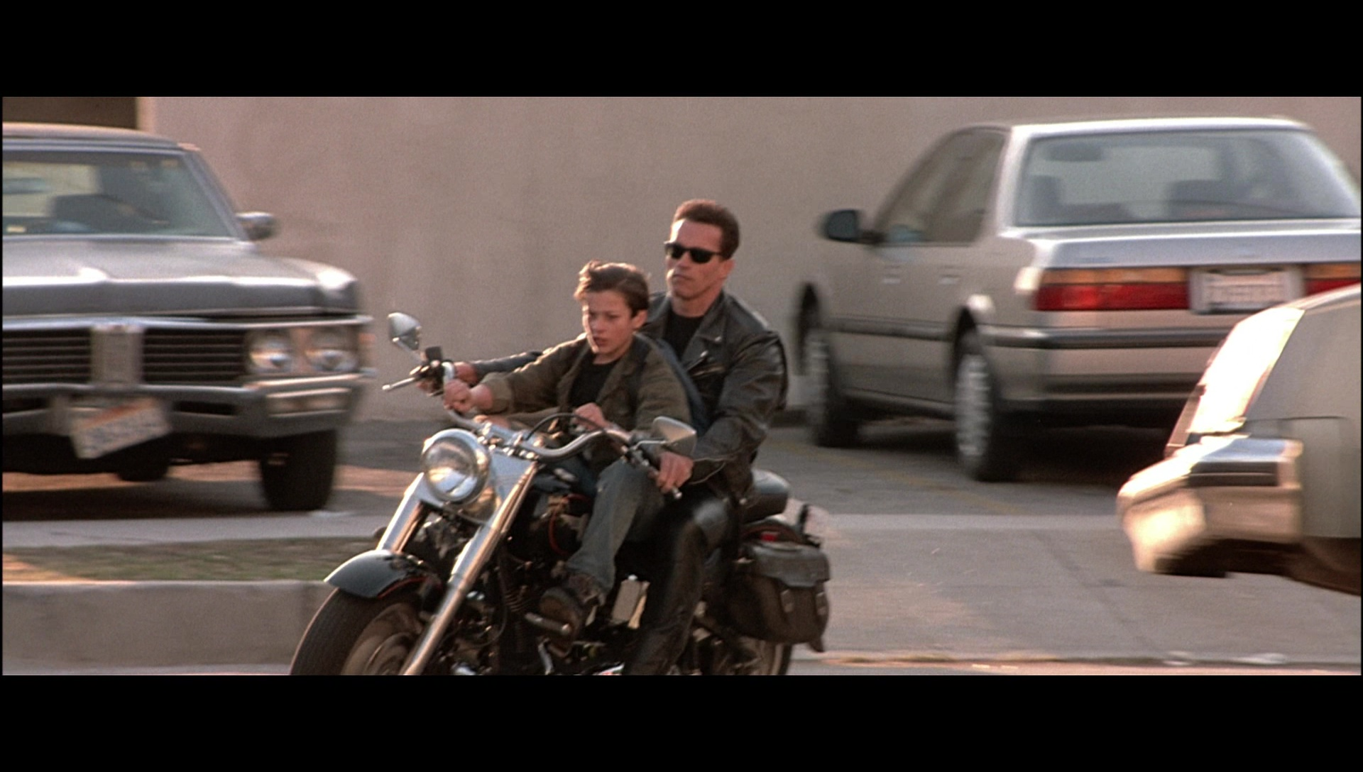 Used Harley Davidson Motorcycles >> Harley-Davidson Motorcycle Driven by Arnold Schwarzenegger in Terminator 2: Judgment Day (1991 ...