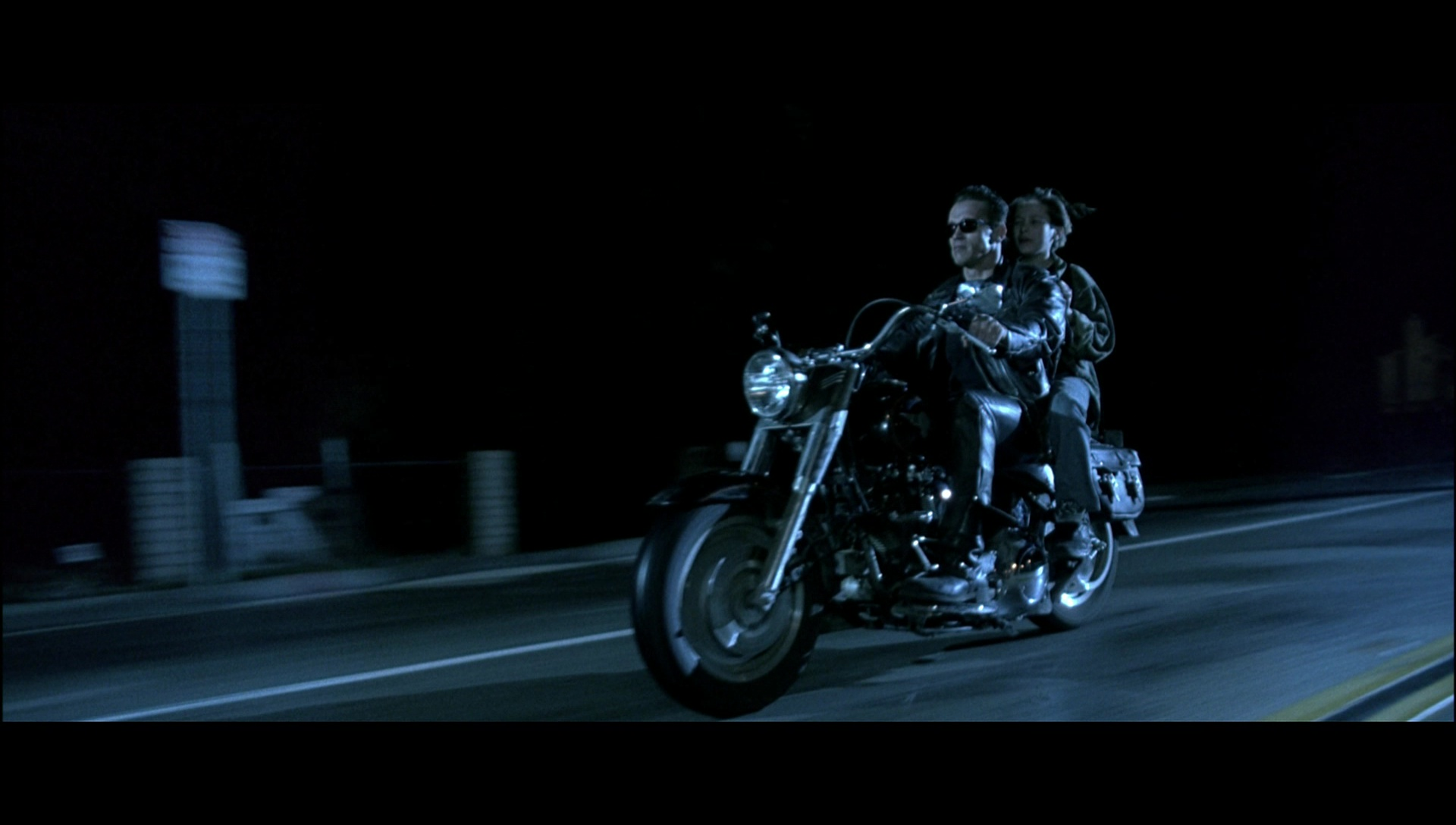 harleydavidson motorcycle driven by arnold schwarzenegger