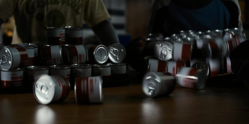 Hunt's Snack Pack (Chocolate Pudding) in Stranger Things: The Upside Down (2016) - TV Show Product Placement