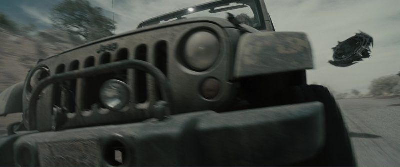 Jeep Wrangler Unlimited Car Used by Sam Worthington (Marcus Wright) and Anton Yelchin (Kyle Reese) in Terminator Salvation (2009) - Movie Product Placement