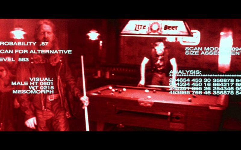 Lite Beer Neon Sign in Terminator 2 (1)