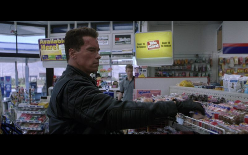 Manner Original Neapolitan Wafers and Hostess Brands Twinkie American Snack Cakes in Terminator 3 Rise of the Machines (2003)