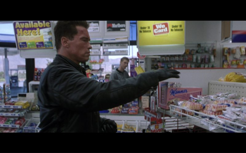 Manner Original Neapolitan Wafers in Terminator 3 Rise of the Machines (2003)