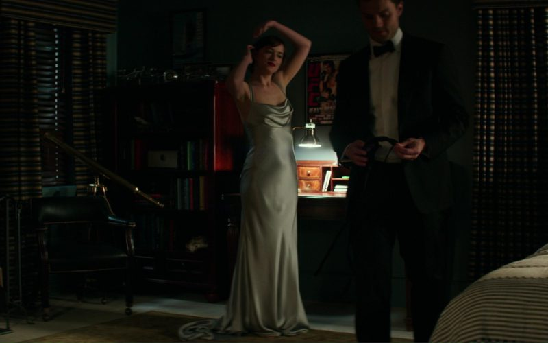 Monique Lhuillier Dress Worn by Dakota Johnson (Anastasia Steele) in Fifty Shades Darker (9)