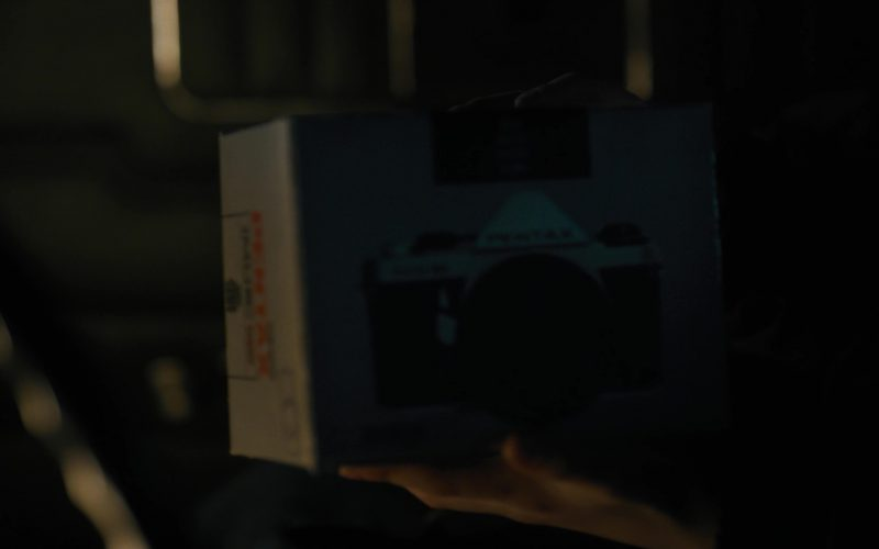 Pentax Photo Camera Used by Charlie Heaton in Stranger Things (2)