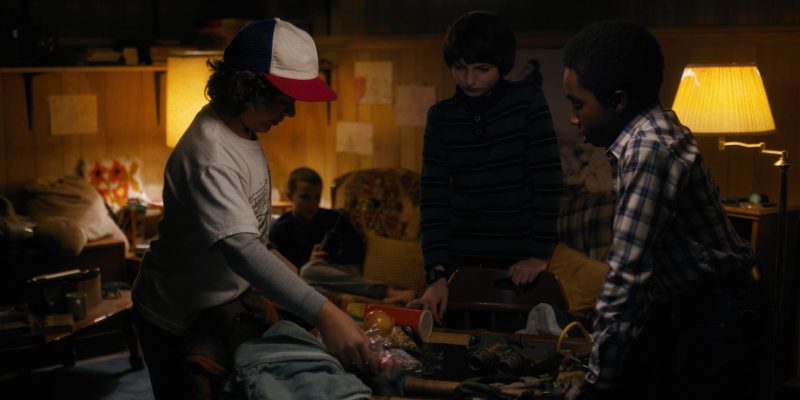 Pringles Potato Chips in Stranger Things: Holly, Jolly (2016) TV Show Product Placement