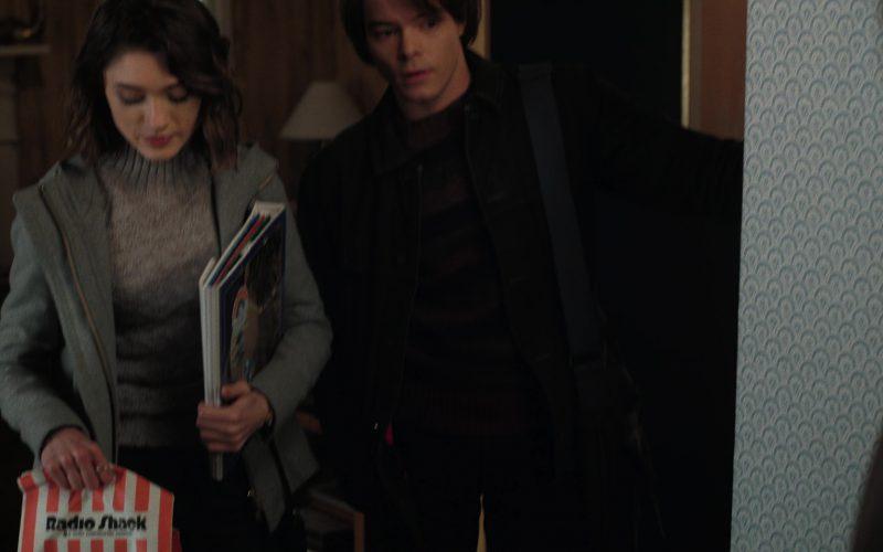 RadioShack Paper Bag Used by Natalia Dyer (Nancy) in Stranger Things (1)