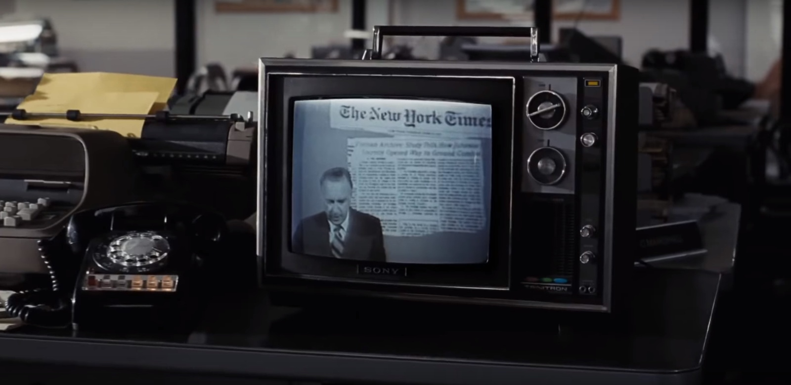 Sony Trinitron TV in The Post (2017) Movie