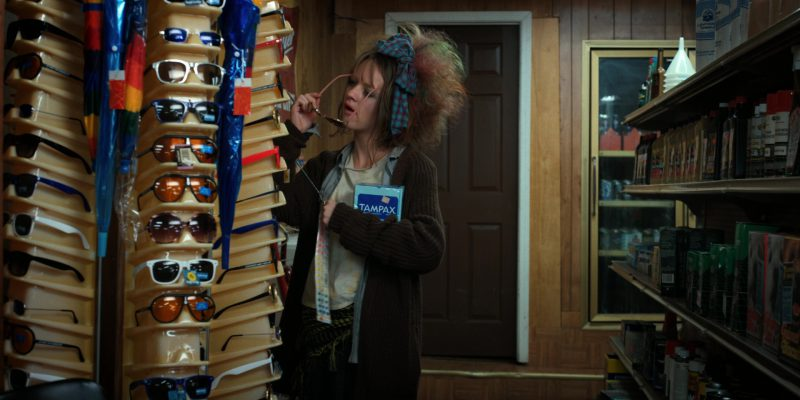 Tampax Tampons in Stranger Things: The Lost Sister (2017) - TV Show Product Placement