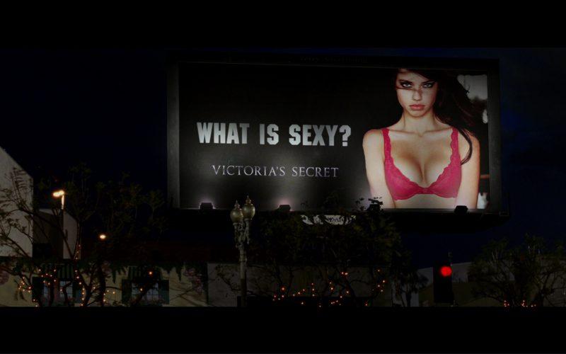 Victoria's Secret Billboard in Terminator 3 Rise of the Machines (2003)