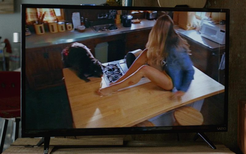 Vizio TV Used by John Goodman in Once Upon a Time in Venice (3)