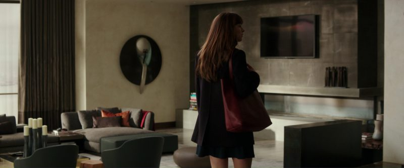 Want Les Essentiels Logan Tote (Handbag) Used by Dakota Johnson (Anastasia Steele) in Fifty Shades Darker (2017) - Movie Product Placement