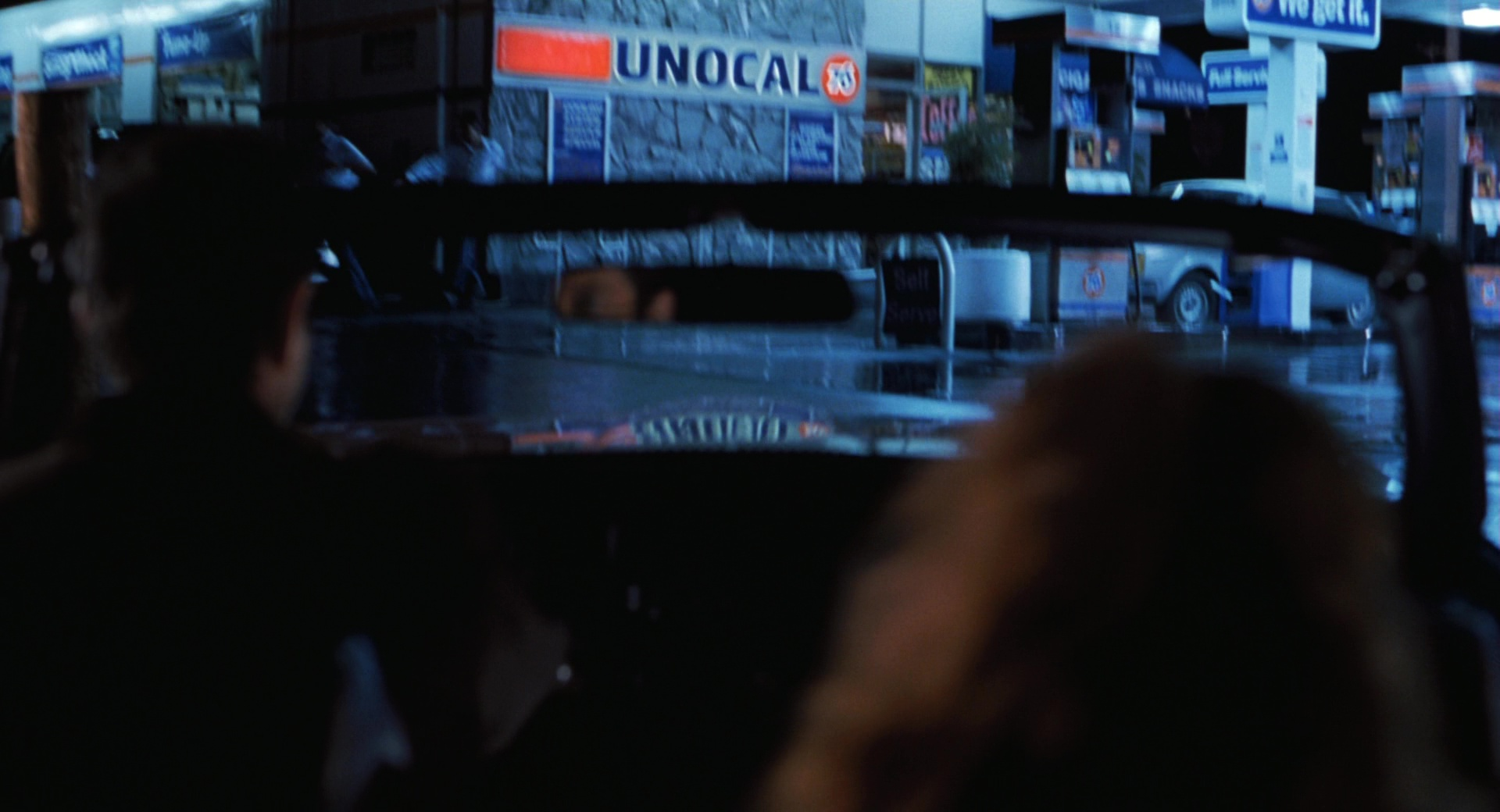 Arco Gas Station >> 76 Gas Station in The Lost World: Jurassic Park (1997) Movie