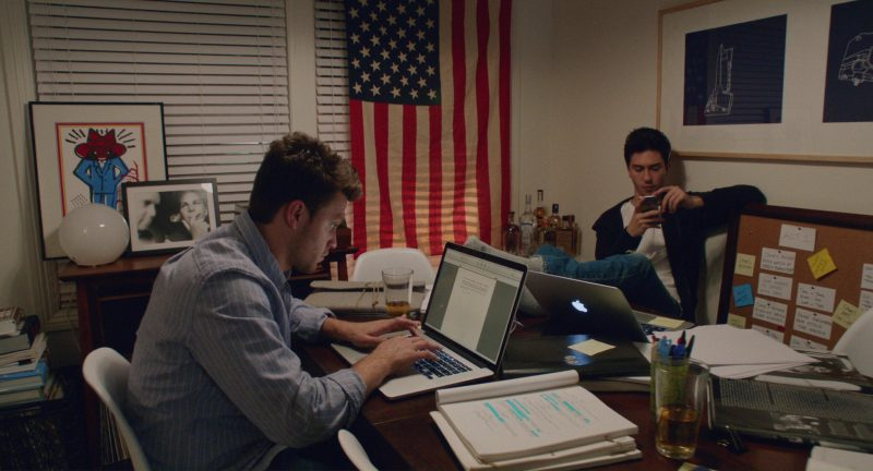 Apple MacBook Pro 15 Laptop Used by Jon Rudnitsky in Home Again (2017) - Movie Product Placement