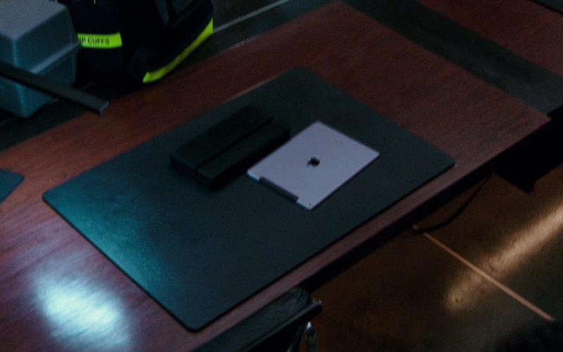 Apple iPad Tablets in xXx Return of Xander Cage (5)