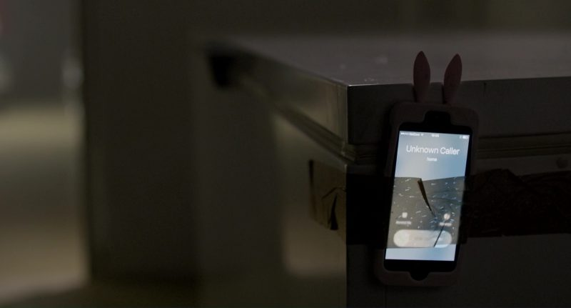 Apple iPhone Smartphones in The Snowman (2017) - Movie Product Placement