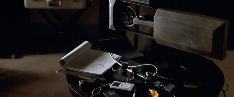 Apple iPod Music Player Used by Charlize Theron in The Italian Job (2003) - Movie Product Placement