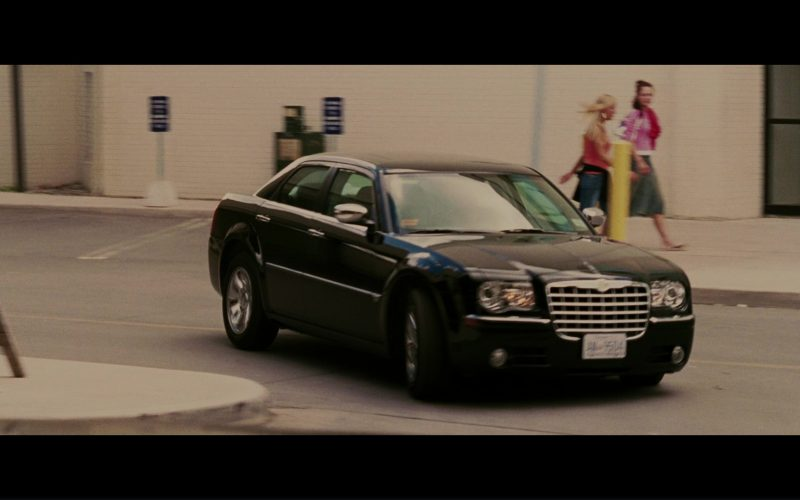 Chrysler 300 Car Used by Kiefer Sutherland and Eva Longoria in The Sentinel (5)