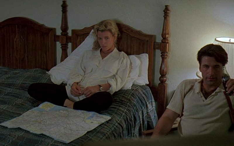 Coca-Cola (Alec Baldwin and Kim Basinger) in The Getaway (1)