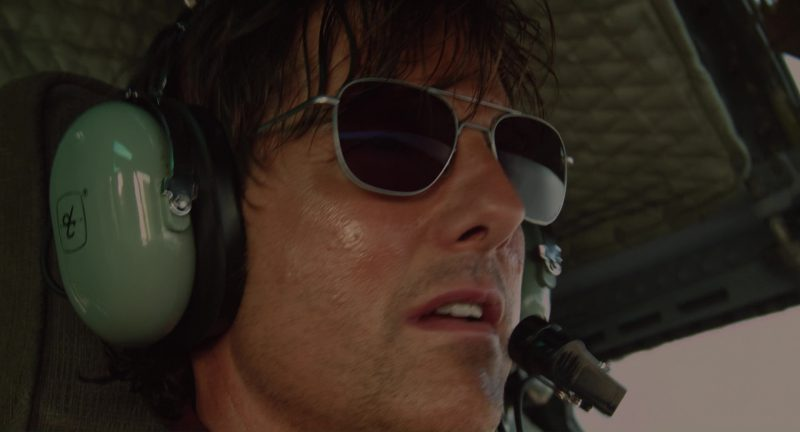 David Clark Headsets Used by Tom Cruise in American Made (2017) - Movie Product Placement
