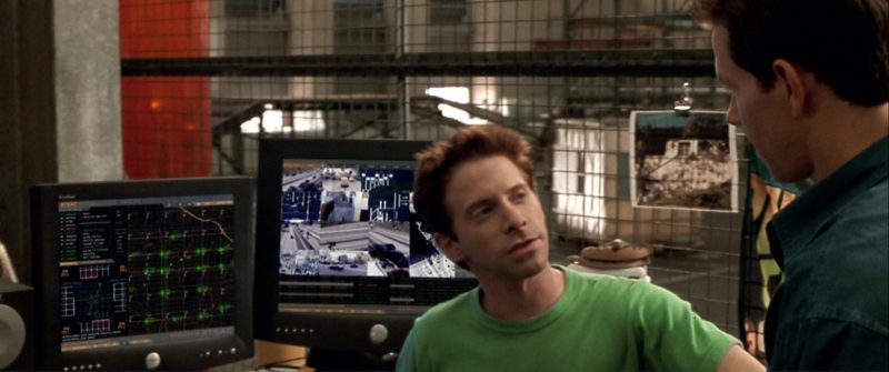 Dell Monitors Used by Seth Green in The Italian Job (2003) - Movie Product Placement