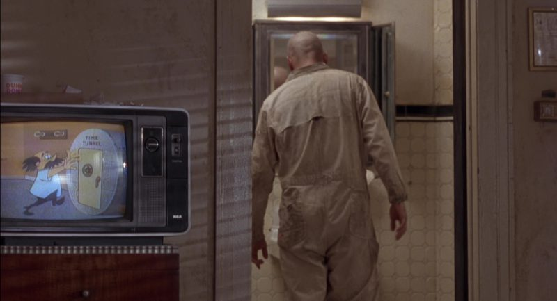 Dunkin' Donuts And RCA TV in Twelve Monkeys (1995) Movie Product Placement