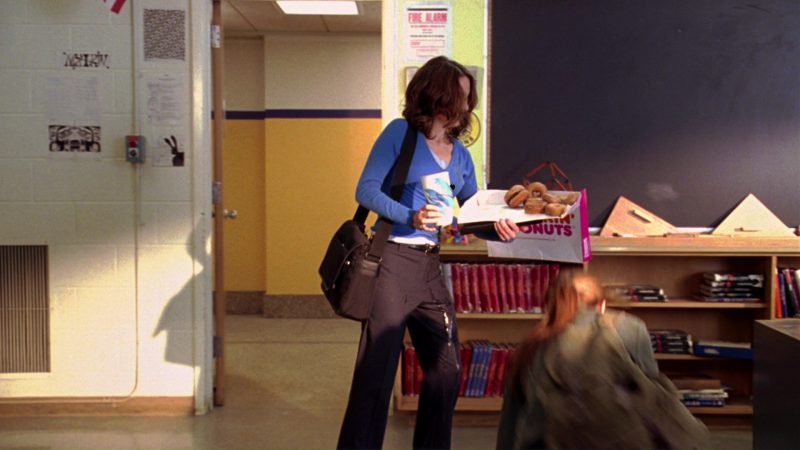 Dunkin' Donuts (Tina Fey) in Mean Girls (2004) Movie Product Placement
