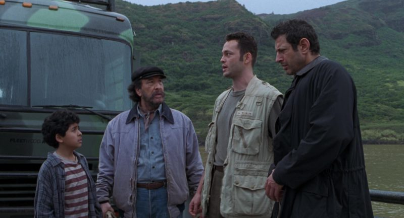Fleetwood RV Southwind Storm Motorhome (Bus) in The Lost World: Jurassic Park (1997) - Movie Product Placement