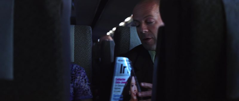 InStyle Magazine in Unbreakable (2000) Movie Product Placement