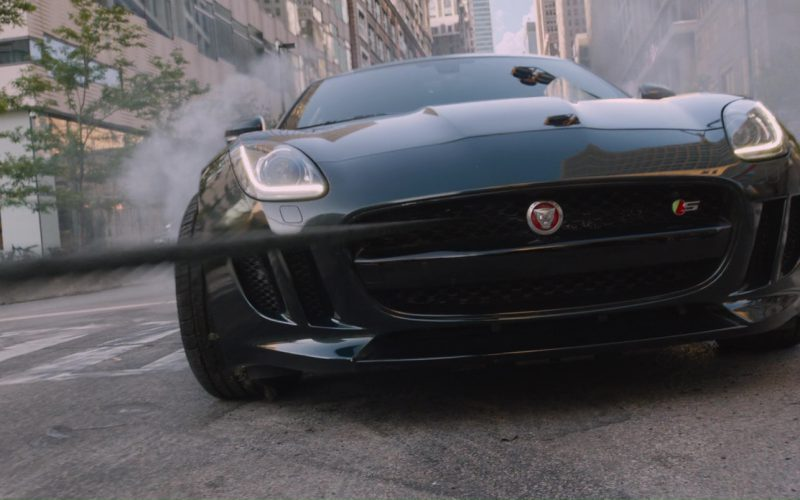 Jaguar F-Type Coupé Sports Car in The Fate of the Furious (3)