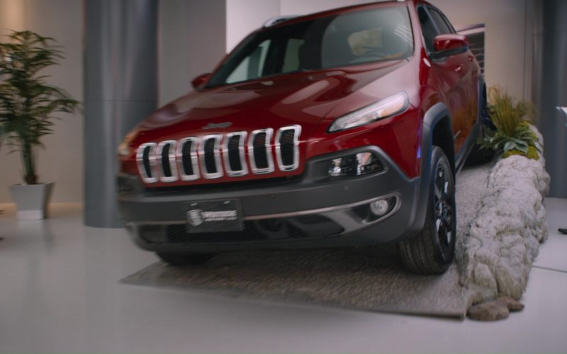 Jeep Cherokee Car in The Fate of the Furious (1)