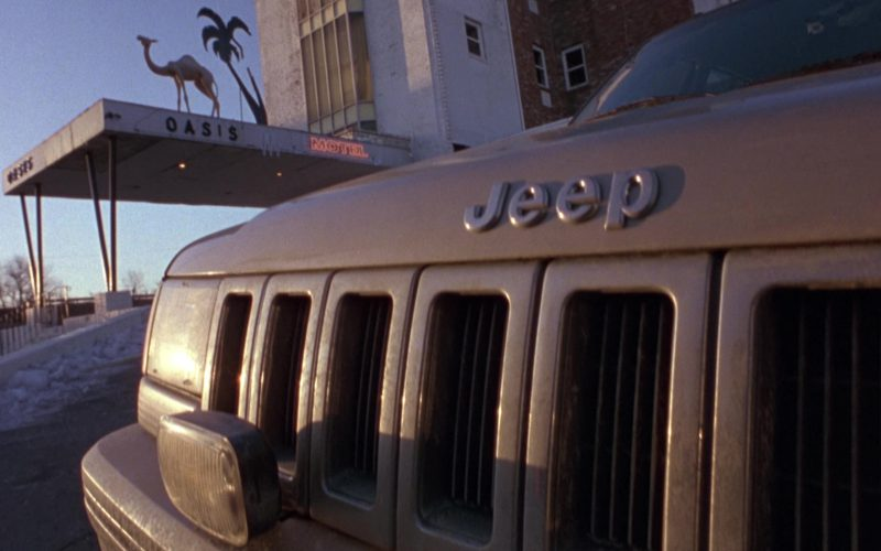 Jeep Grand Cherokee Limited [ZJ] Car Used by Madeleine Stowe and Bruce Willis in Twelve Monkeys (1)
