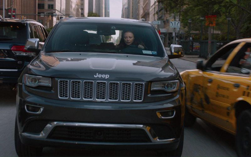 Jeep Grand Cherokee SUV in The Fate of the Furious (1)