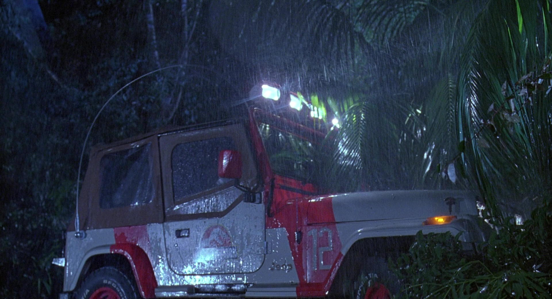 Jeep Wrangler Cars in Jurassic Park (1993) Movie